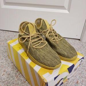 Adidas Pharrell Williams Hu Yellow Green size 10.5